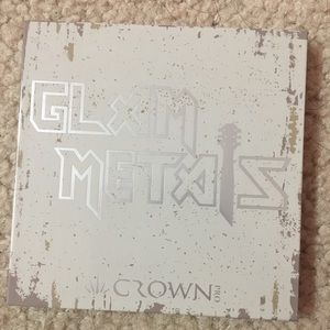 Crown Glam Metals